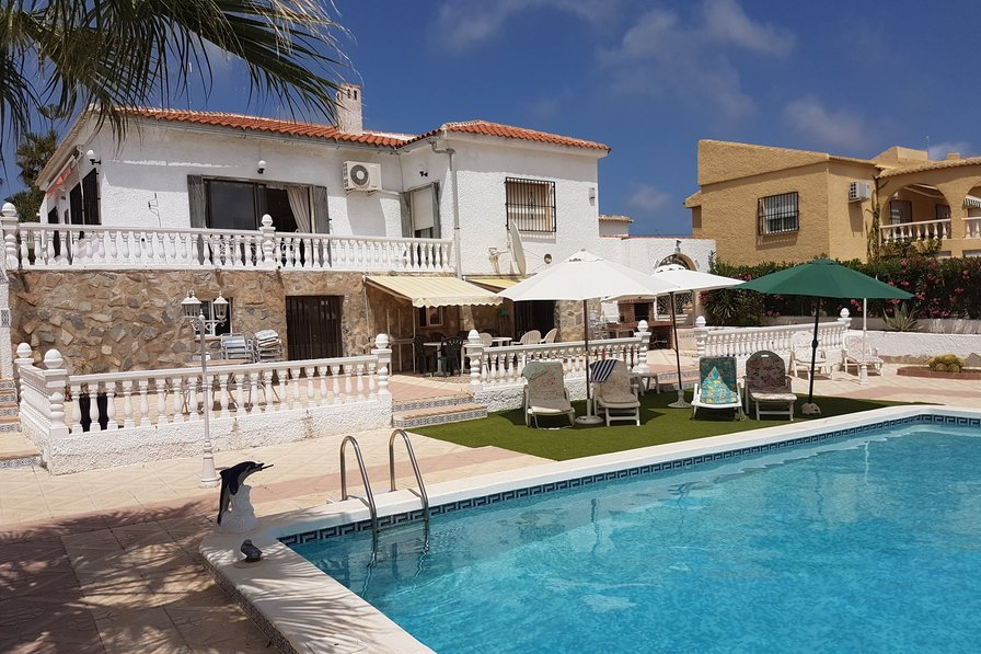 Villa To Rent In El Chaparral Spain With Private Pool