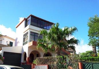 House in Săo Martinho, Madeira