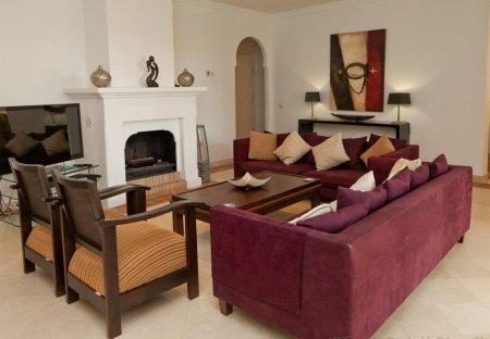 Apartment in Casares Costa, Spain