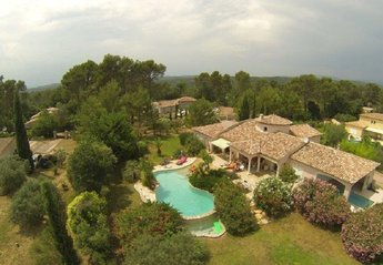 Villa in Les Arcs, the South of France