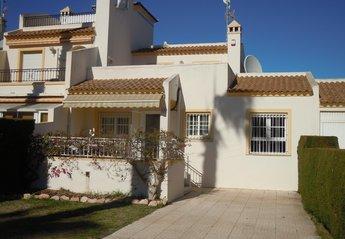House in Villamartín, Spain