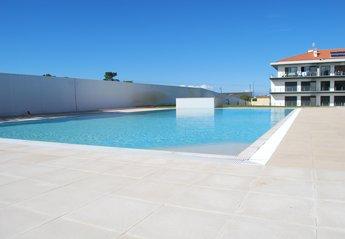 Apartment in Săo Martinho do Porto, Portugal