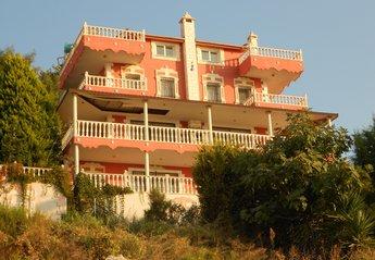 Villa in YAYLA kÖY, Turkey