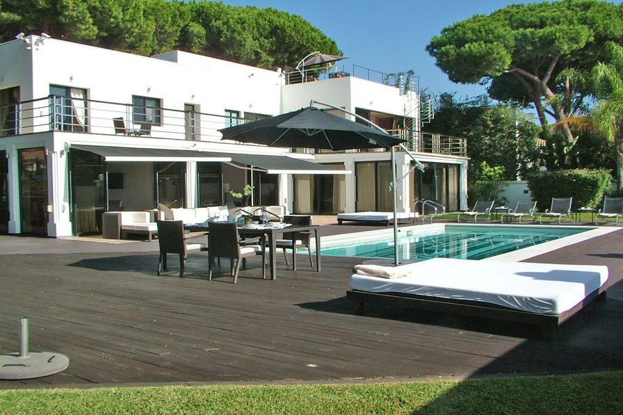 Property To Rent In Cabopino