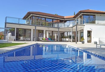 Villa in Spain, Magna Marbella Golf
