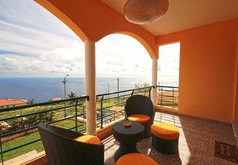 House in Lombo da Ribeira Funda, Madeira