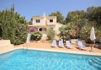 Villa in Trencall, Spain