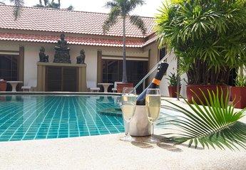 Villa in Bang Sa-re, Thailand