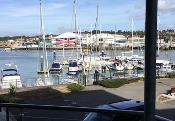 Apartment in Cowes Medina, England