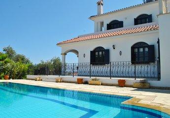 Villa in Karsiyaka, Cyprus