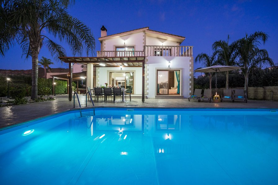 Beach Villa With 4 Bedrooms Bathrooms And Private Pool In Southern Cyprus
