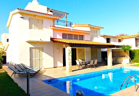 Villa in St Nicolas, Cyprus