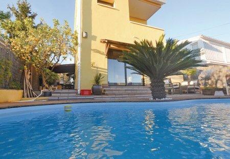 Villa in Pinemar, Spain