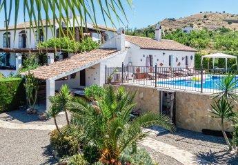 Villa in Pizarra, Spain
