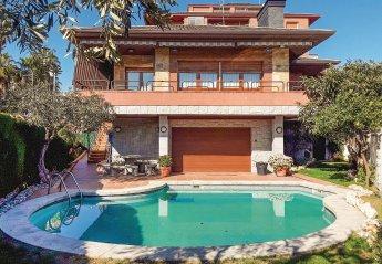 Villa in Pineda de Mar, Spain