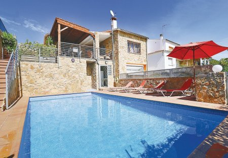 Villa in Tordera, Spain