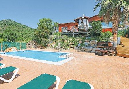 Villa in Urbanització Riu de Oro, Spain