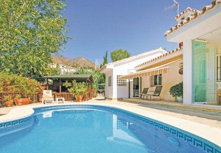 Villa in La Capellanía, Spain