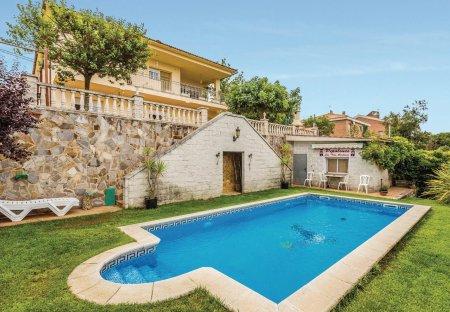 Villa in Urbanització Agora Parc, Spain