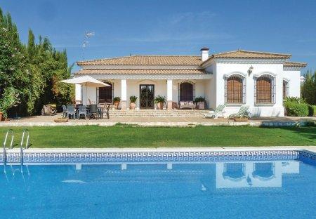 Villa in La Estación, Spain