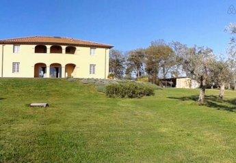 Villa in Castellina Marittima, Italy