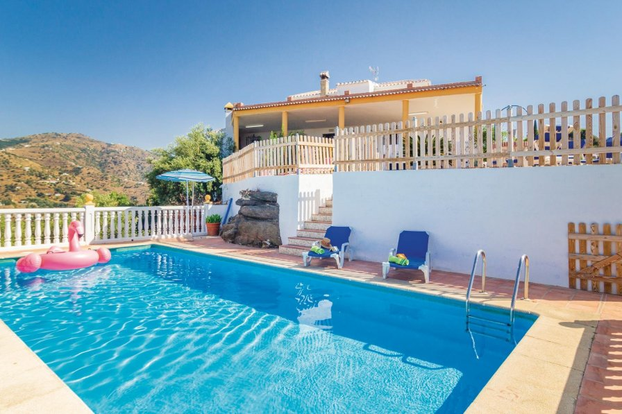 Holiday Villa In Torrox With Swimming Pool Choice Property Property For Sale Property For