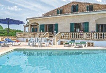 Villa in Urbanització Montfarrutx, Majorca