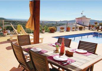 Villa in Urbanització Mas Pere, Spain