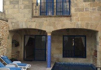 Villa in Nadur, Malta