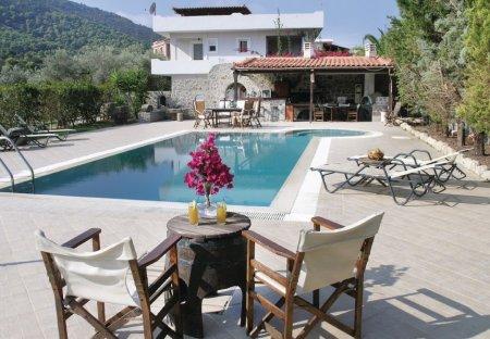 Villa in Aegina, Greece: OLYMPUS DIGITAL CAMERA