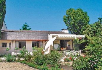 Villa in Montsoreau, France: