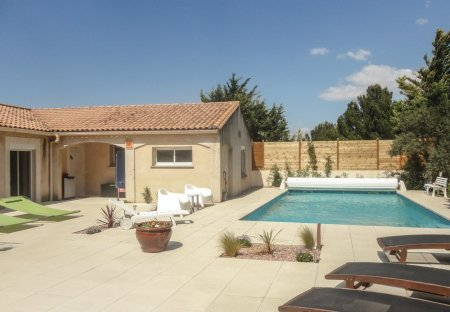 Villa in Nébian, the South of France