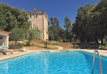 Villa in Pourrières, the South of France