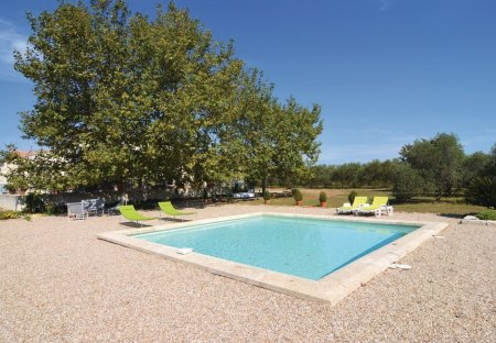 Villa in Saint-Gilles, the South of France
