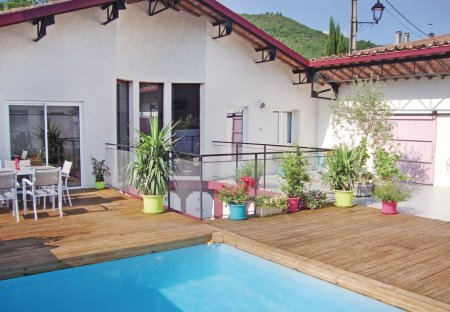 Villa in Maisons, the South of France