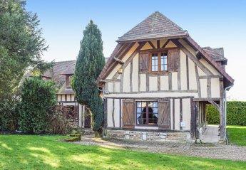 Villa in Bosroumois, France: