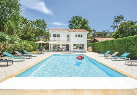 Villa in Centre Cap Ferret, France