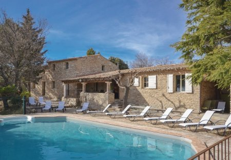 Villa in Murs, the South of France