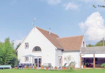 Villa in Château-la-Vallière, France