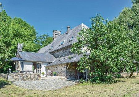 Villa in Margueray, France