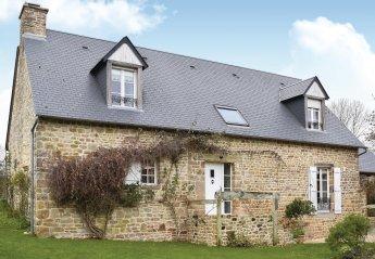 Villa in Saint-Pierre-Langers, France: