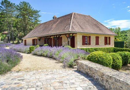 Villa in Saint-André-d'Allas, France