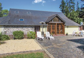Villa in Renazé, France