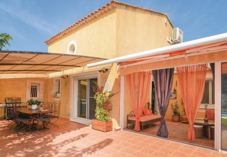 Villa in Fourques, the South of France