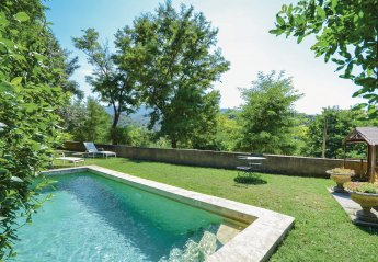 Villa in Ménerbes, the South of France: