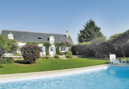 Villa in Beaumont-Louestault, France: