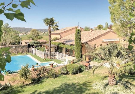 Villa in Saint-Privat-des-Vieux, the South of France