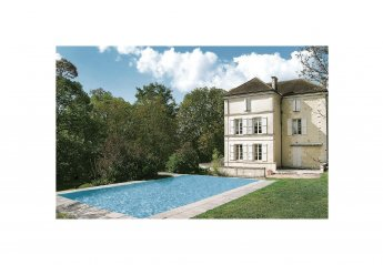 Villa in Gurat, France: