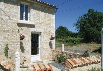 Villa in Saint-Sigismond, France