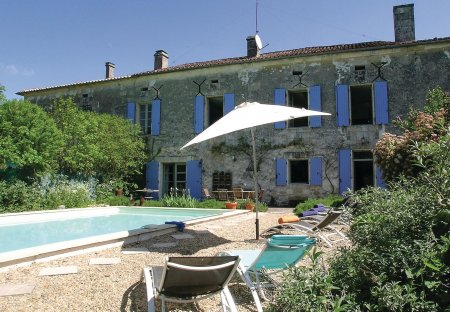 Villa in Mareuil en Périgord, France